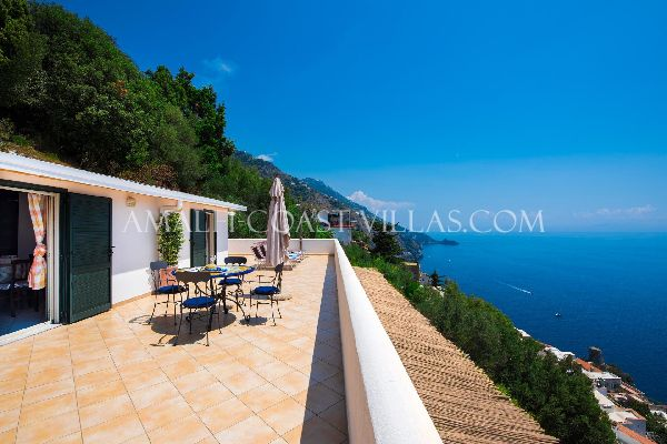 Charming rental apartment in Praiano