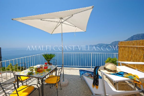 Praiano sea view apartment for rent