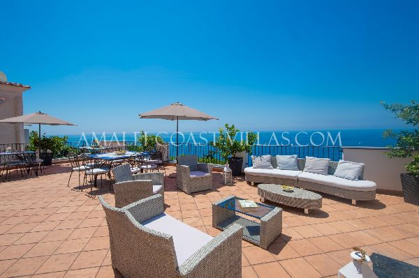 villa for rent in Praiano