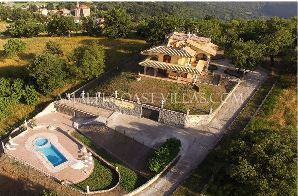 Montefiascone charming villa for rent, Italy